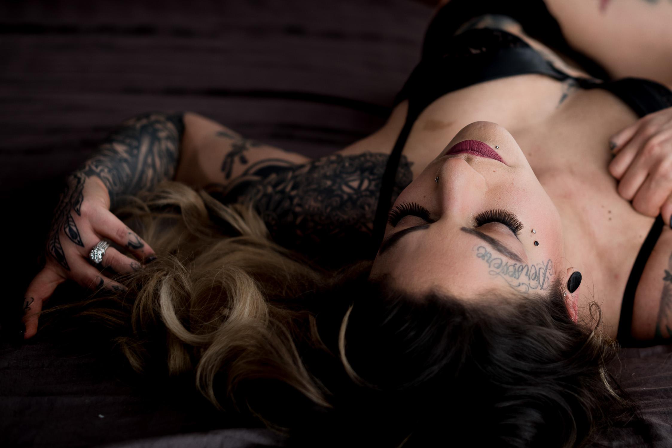 NEPA Boudoir Photographer_Female Boudoir headshot with tattoos